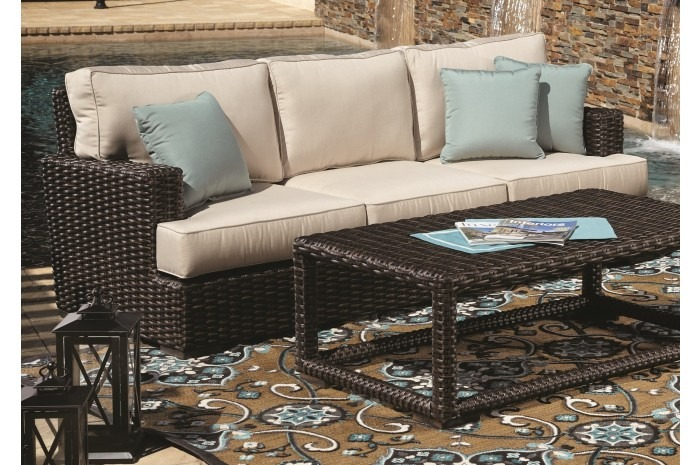 Comfortable, Low Maintenance Patio Furniture For Any Backyard