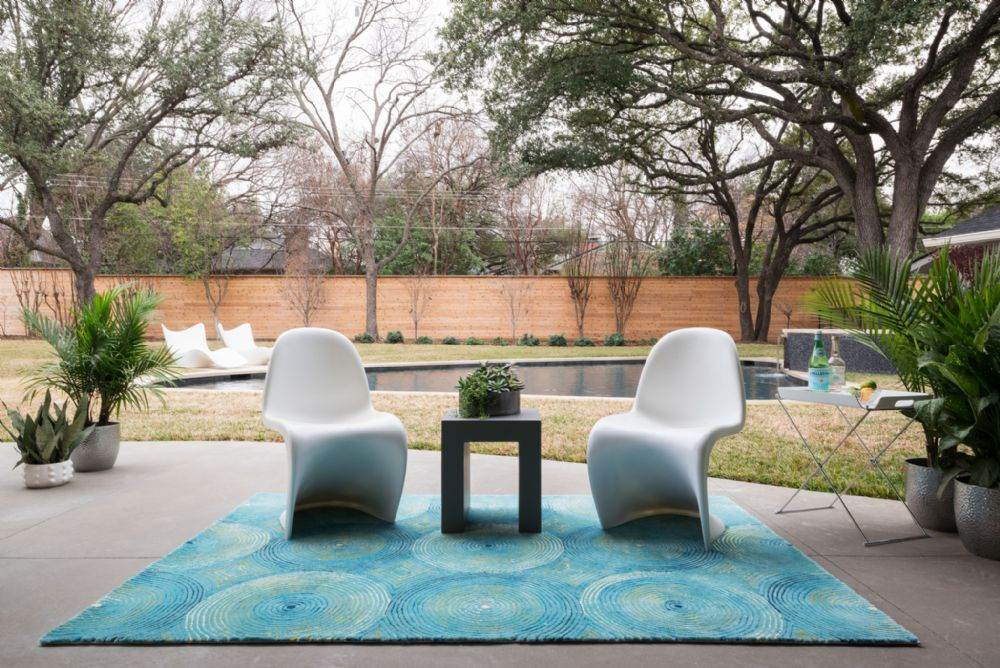 Add A Splash Of Color With Outdoor Rugs Dwell Home Furnishings And Interior Design